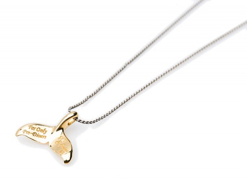DOLPHIN NECKLACE 2
